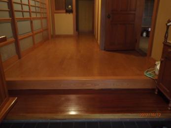 施工後です。 床のキシミも解消されて更にバリアフリーの効果もあります☆