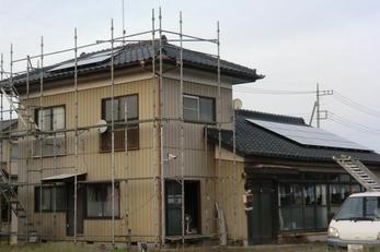屋根もリニューアルされ、リアンコーポレーションお勧め!長州の単結晶CS-223B13を15枚。 公称最大出力3.34KW!! これからの売電が楽しみです!(^^)!