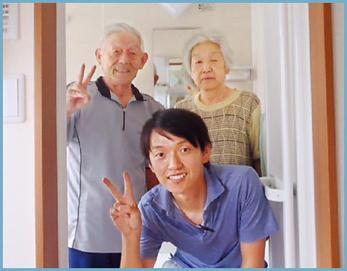 担当の鹿野とお客様のスリーショットです☆ 信頼関係が出来ている笑顔ですね(^O^)