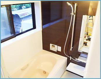 LIXILユニットバス:キレイユ1616を設置しました(^O^) 大人のカッコイイ空間が出来上がりました(*^^*) 窓はトステム断熱窓デュオPGを設置して温かさをUPしました☆ 毎日のお風呂が楽しみになりますね\(^o^)/