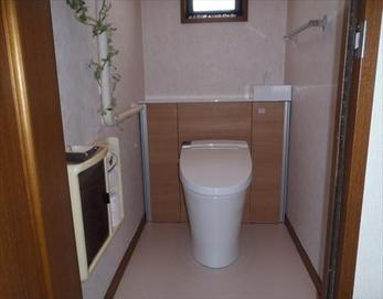 洗練されたスタイリッシュで快適な空間に大変身!(*^▽^*) 【トイレ型式】 LIXIL リフォレⅠ型