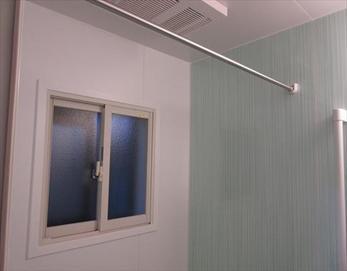 断熱効果もアップしましたが、インナーサッシの白い窓枠が浴室全体の雰囲気を統一!更にオシャレ度もアップ♪