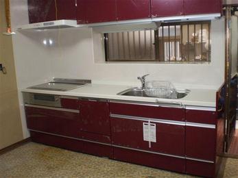 IHクッキングヒーター・食洗機(ビルトインタイプ)が付いているキッチンにリフォームしました。これで調理もお片付けも手早くできますね!