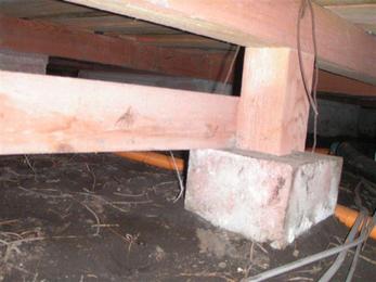 発泡消毒は泡の力で床下に満遍なく、消毒剤が行き渡ります。職人さんが正しく床下を消毒したかどうか確認する心配がありません。