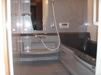 新台所リモコンです!液晶の部分も大きくてとっても見やすく出来ています。