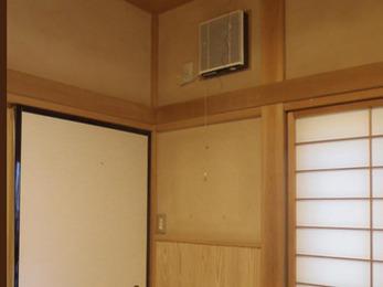 TOSHIBA 換気扇VHF-20S1(20㎝角型)を設置いたしました。