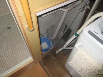 お風呂は入り口から