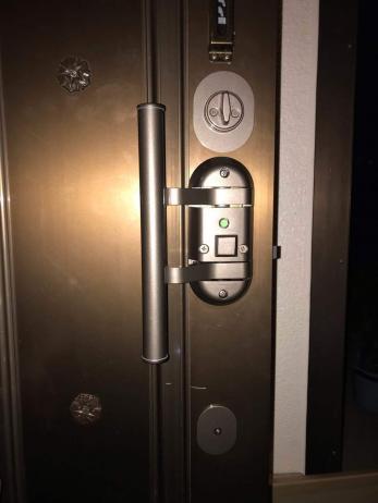 開け閉めしにくくなった古い玄関の鍵を、新しくしたい