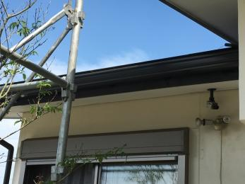 台風に備え、屋根と雨樋の点検・修理をしたい