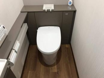 トイレの中に、手洗いカウンターを設けたい