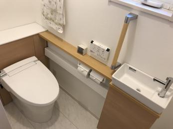 トイレの収納を増やしたい