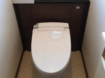 トイレと交換合わせて、内装もキレイにしたい