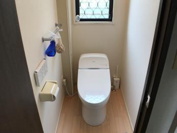掃除がしやすく、空間がスッキリする、タンクレストイレにしたい。
