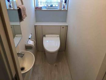 トイレリフォーム_リフォレなら、パッと交換、空間すっきり。お掃除も簡単に♪