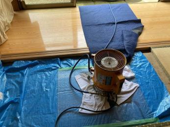 5年保証で安心~家を守る床下消毒リフォーム