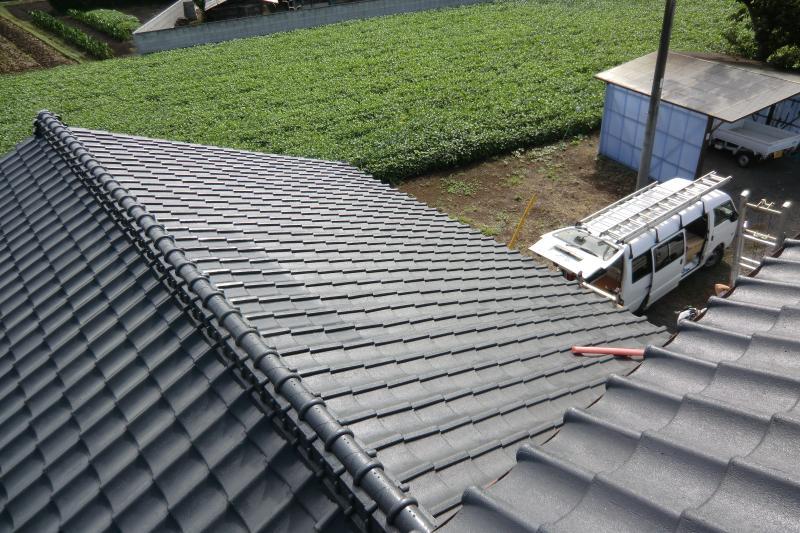 葺き替えした屋根に太陽光を設置していきます!