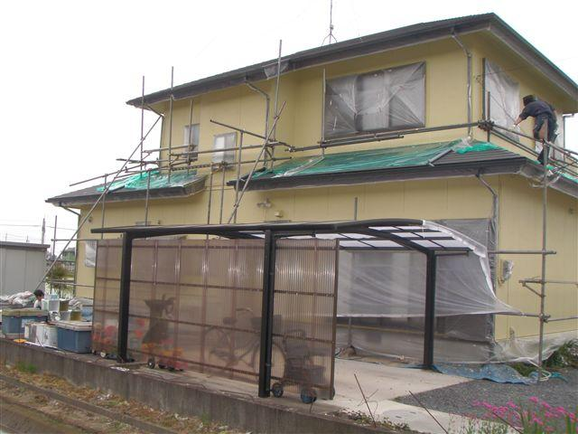 外壁塗装が終わると次は屋根塗装をします。